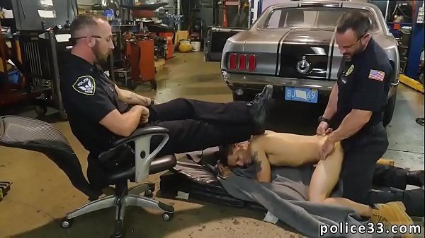 Police anal, Anal gay