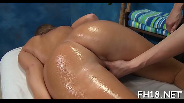Oil massage, Oil